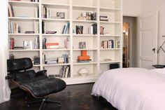10 Perfect Bachelor Pad interior Design Ideas.  Trey, great idea for buit in bookshelfs for the other 2 bedrooms.  Gives guys some storage space in small rooms
