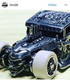 Your Custom Hot Wheels Diecast Cars - Episode 12 Custom Hot Wheels, Hot Wheels Cars, Hot Cars, Voitures Hot Wheels, Bone Shaker, Plastic Model Cars, Modified Cars, Diecast Models, Cool Toys