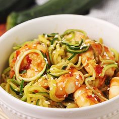 Sweet Chili Sesame Shrimp and Zoodles takes minutes to cook and is full of tongue-tingling flavor. This light and healthy gluten-free recipe calls for just 5 ingredients, too! Slow Cooker Recipes Family, Beef Recipes, Easy Recipes, Chicken Recipes, Dinner Recipes, Vegetarian Zoodle Recipes, Sesame Recipes, Vegetarian Dish, Chinese Recipes