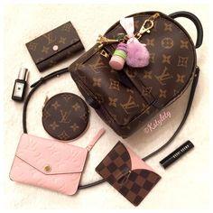 #louisvuitton crave Mini Louis Vuitton palm spring backpack/crossbody