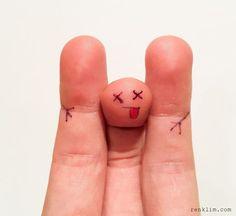 Binbir çeşit duyguya sahip parmaklar :) – Parmaklara yapılmış çizimler