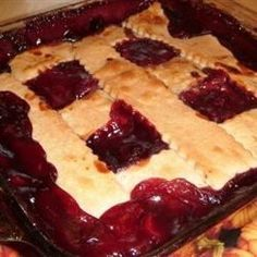 A crisscross lattice decorates this hot blackberry cobbler. Great Desserts, Delicious Desserts, Yummy Food, Pie Recipes, Dessert Recipes, Cooking Recipes, Dessert Ideas, Yummy Recipes, Recipies