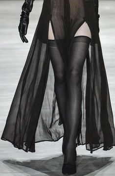 sheer tights with shorts & a long sheer outer layer = really badass summer look Dark Fashion, Gothic Fashion, High Fashion, Looks Style, My Style, Gothic Mode, Fashion Details, Fashion Design, Runway Fashion