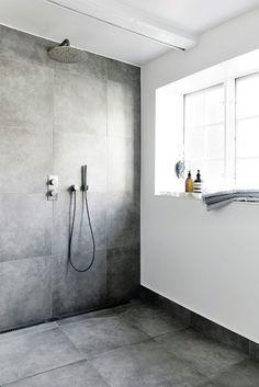 Ground floor bath - Light Grey floor and Walls in shower. Other walls White/ really light plaster Ikea Bathroom, Bathroom Toilets, Bathroom Inspo, Laundry In Bathroom, Bathroom Inspiration, Modern Bathroom, Master Bathroom, Diy Crafts For Home Decor, Scandinavian Bathroom