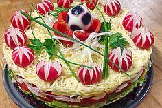 Salat - Torte (Rezept mit Bild) von Küchenhexe75 | Chefkoch.de