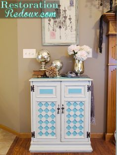 Painted Ivory Cabinet Makeover http://www.restorationredoux.com/?p=6764