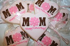 Lizy B: Springtime Flower Cookies! Mother's Day Cookies, Fancy Cookies, Cute Cookies, Cupcake Cookies, Cupcakes, Mothers Day Desserts, Mothers Day Cake, Iced Sugar Cookies, Royal Icing Cookies