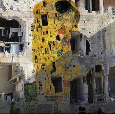 champsm:  Klimt inspired graffiti in Syria.  Artemis: Thank you occhidambra reblogged champsm. :)