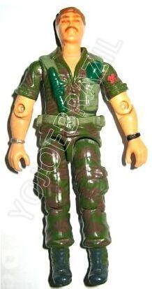 Descrição:   O Infantaria Pesada (Coiote) foi lançado no Brasil em 1988 (Série 5) pela companhia de Brinquedos Estrela, a figura corresponde ao modelo swivel arm (com movimento nos cotovelos). Trata-se da versão nacional do Infantry Trooper [Footloose] fabricado em 1985 pela Hasbro pela série G.I. JOE.