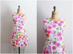 1960s Flower Power Dress / 60s Mod Dress / Summer Dress/ Size