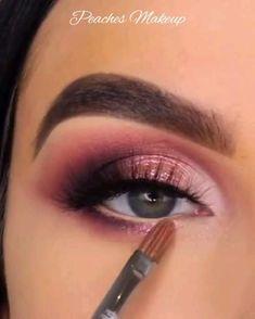 Eye Makeup Diy, Smoke Eye Makeup, Bright Eye Makeup, Gold Eye Makeup, Makeup Tutorial Eyeliner, Eye Makeup Steps, Makeup Eye Looks, Beautiful Eye Makeup, Colorful Eye Makeup