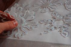 Family Ever After....: {Ugly Sweater Party Ideas} DIY Hot Glue Snowflake Garland