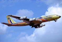 Ecuatoriana Boeing Hoppe - Boeing 707 - Wikipedia, the free encyclopedia Cargo Aircraft, Passenger Aircraft, Pan Am, Us Air Force, Luftwaffe, Ecuador, Airbus A310, Boeing 707, Turbine Engine