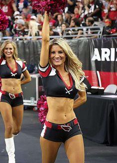 Cheerleaders from Week 4 of the NFL season. Hottest Nfl Cheerleaders, Football Cheerleaders, Cheerleading, Cheer Stunts, Volleyball Pictures, Cheer Pictures, Softball Pics, Blond, Arizona Cardinals Cheerleaders
