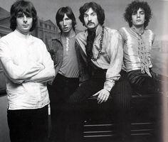 Pink Floyd Shirts & T Shirts | Merchbar