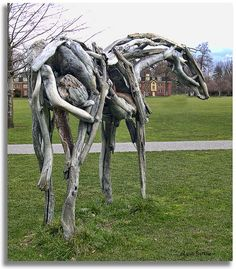 Horse sculpture from the rear (sorry) by walla2chick, via Flickr