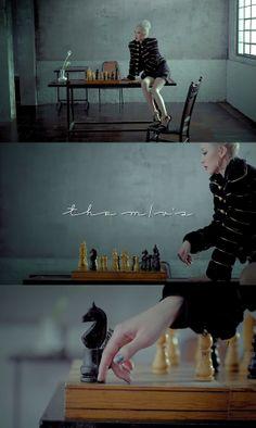 2NE1 - Missing You MV