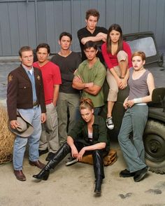 OMG My FAV!!!!!!! Jason Behr!!!!! Roswell | The 33 Best Forgotten Teen Shows Of The '90s