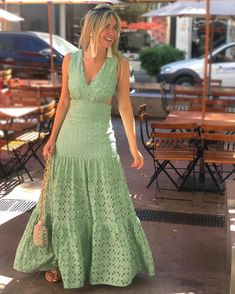 How to Style a Bohemian Maxi Dress Boho Fashion, Fashion Looks, Fashion Outfits, Style Finder, Sweet Dress, Sweater Fashion, Casual Dresses, Stylish Dresses, Long Dresses