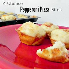 4 Cheese Pepperoni Pizza Bites are the perfect after school snack or game snack. Your kids (bit and small) will love you for making them. Easy to freeze