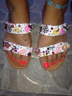 handmade decorated sandals with yummy candy,donuts,cream and pearls  #summer #sandals #summersandals #candy #donuts #sweets #cream #pearls #delicious #yummy #handmade #χειροποιητα #σανδαλια Birkenstock Florida, Slip On, Summer, Handmade, Shoes, Fashion, Rhinestones, Sandals, Moda