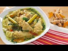 Rustic chicken soup recipe from southern Thailand. Delicious, aromatic, and super easy!