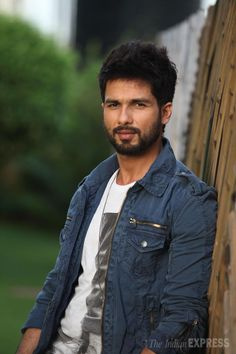 Bollywood heartthrob Shahid Kapoor has surely left his chocolate boy days behind. The new bad boy on the block, spoke to the Screen team at Indian Express office on Friday (June 27). (Source: Express Photo by Vasant Prabhu)