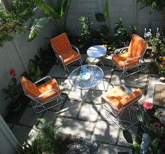 great idea for a tiny garden space
