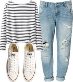 Sorry but this is totally me! Love the simplicity, it's just easy! Boyfriend jeans, Breton ...