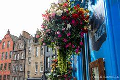 ¿En busca de inspiración para visitar Edimburgo? Aquí tienes 99 lugares y cosas que hacer, ver, probar y sentir en la capital de Escocia.