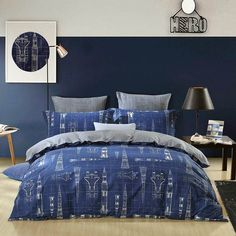 Give your bedroom a chic, sassy upgrade with these galaxy nebula themed outer space bedding sets for boys. The beautiful outer space bedding sets for boys contain a unique combination of colorful color, adds a feminine feel. Girls Bedroom Sets, Small Room Bedroom, Baby Bedroom, Bedroom Wall, Kids Bedroom, Bedroom Ideas, Bedroom Murals, Girl Bedrooms, Cheap Bedding Sets
