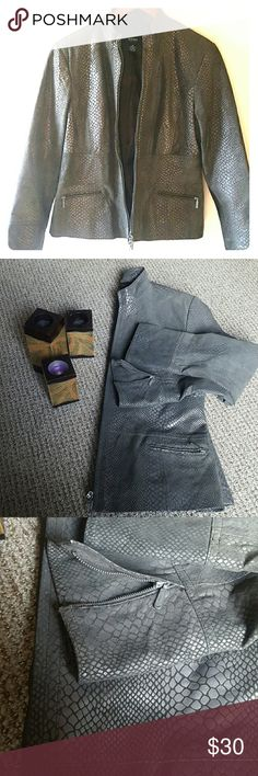 Genuine Leather Jacket Alfani genuine women's leather jacket, dark grey snake print, front zipper, two pockets, size M Petite. In perfect condition. Alfani Jackets & Coats Blazers