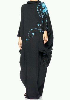 Love this elegant abaya.....