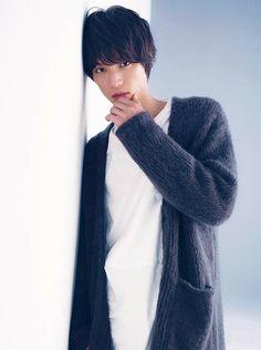 Fukushi Sota, 福士蒼汰 (ふくし そうた) Hot Asian Men, Asian Boys, Asian Celebrities, Asian Actors, Asian Image, Teen Boy Fashion, Mens Fashion, J Star, Japanese Teen