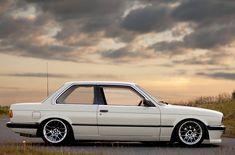 """""""BMW E30 325i"""