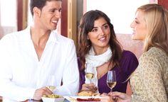La Junta estimulará a los hosteleros para que oferten en sus cartas vinos andaluces https://www.vinetur.com/2014052915616/la-junta-estimulara-a-los-hosteleros-para-que-oferten-en-sus-cartas-vinos-andaluces.html