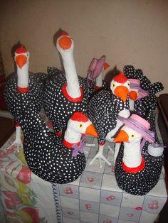galinhas d angola feitas de papel mache