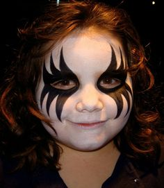 Halloween is coming! Find the best makeup for kids. Kids Makeup, Cat Makeup, Fairy Makeup, Halloween Skull, Halloween Kids, Halloween Face Makeup, Spider Man Face Paint, Spiderman Makeup, Leopard Makeup