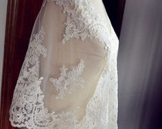 ivory alencon lace fabric, bridal lace fabric, alencon lace fabric, wedding lace fabric, embroidered floral lace fabric