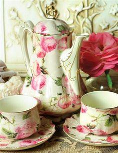 WINDSOR CASTLE COFFEE & TEA SERVICE