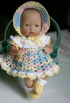 20 super ideas for crochet doll body pattern fit Baby Clothes Patterns, Doll Patterns, Crochet Patterns, Crochet Doll Dress, Crochet Doll Clothes, Bitty Baby Clothes, Barbie Clothes, Baby Dolls, Baby Doll Dresses