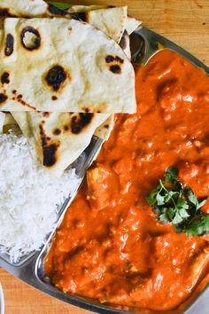 S vášní pro jídlo: Kuřecí tikka masala, indické placky a rajta Asian Recipes, Healthy Recipes, Ethnic Recipes, Canned Meat, Good Food, Yummy Food, How Sweet Eats, Turkey Recipes, Curry