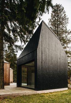 Summerhouse in Muraste, Estonia, by KUU Arhitektid