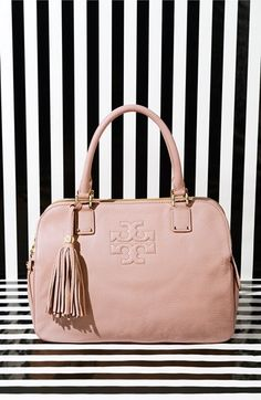 Love the gorgeous Thea satchel by Tory Burch!   http://rstyle.me/n/dkjh6nyg6