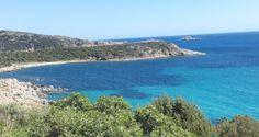 Se anche voi, come noi, state pensando alle vacanze e/o weekend al mare, la Sardegna è il posto giusto. Luoghi mozzafiato, tanto relax, buon cibo e un'abbronzatura da sogno per aprire in bellezza la stagione calda e l'estate. Tutte le foto della mini-vacanza di Blery vi aspettano sul blog http://wp.me/p7iAW9-3vb #thesprintsisters #sardegna #mare #lestateaddosso