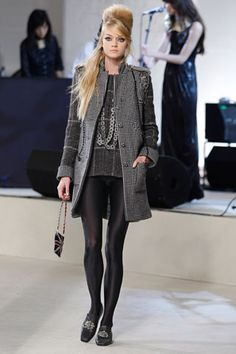 Chanel   Pre-Fall 2008 Collection   Lindsay Ellingson