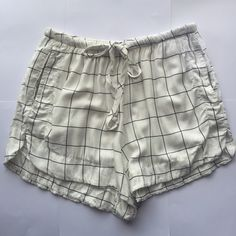 Brandy Melville Eve Shorts White Grid Brand new with tags, one size A Pea in the Pod Shorts