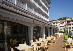 Disfrutarás de la mejor terraza de la Costa Brava desde ILUNION Caleta Park. http://www.ilunioncaletapark.com/