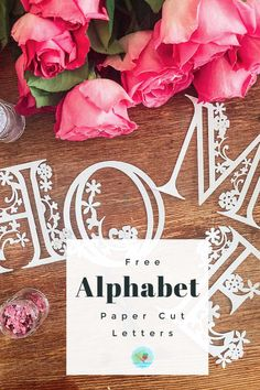 Free Paper Cut Alphabet Templates For Cricut ⋆ Extraordinary Chaos Free paper cut letters to cut on the cricut maker, explore and Cricut Joy. Great for cutting out gifts or paper cuts to sell Cricut Birthday Cards, Cricut Cards, Neli Quilling, Vinyle Cricut, 3d Cuts, Paper Cutting Templates, Templates Free, Free Printable Alphabet Templates, Number Templates