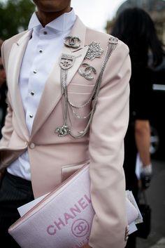 Street style during Paris Couture Week [Photo: Kuba Dabrowski]